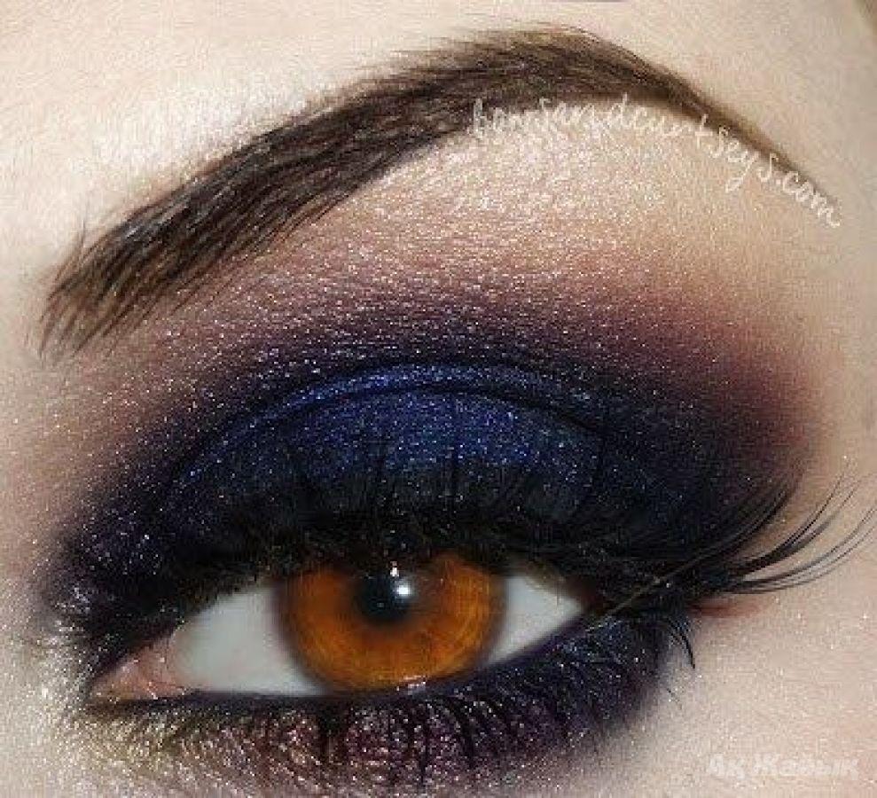 Макияж смоки айс на голубых глазах