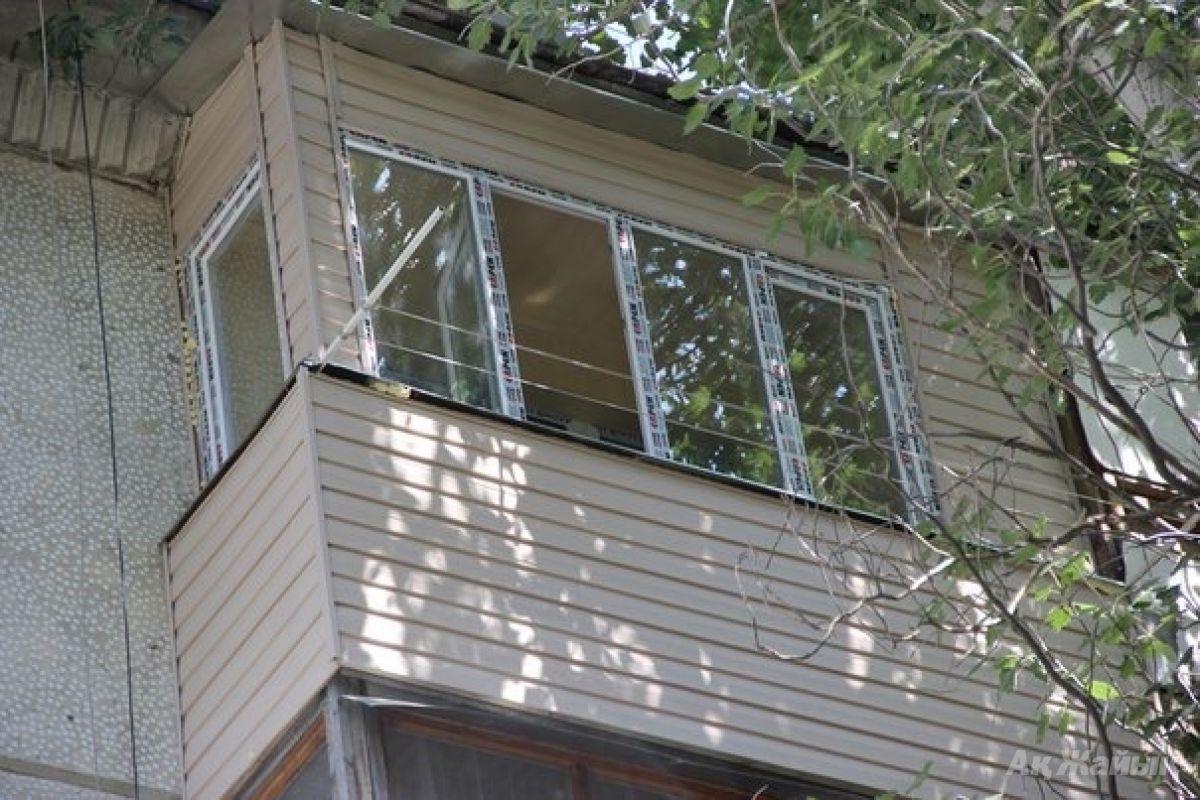 Балконы. остекление, утепление, отделка любой сложности. куп.