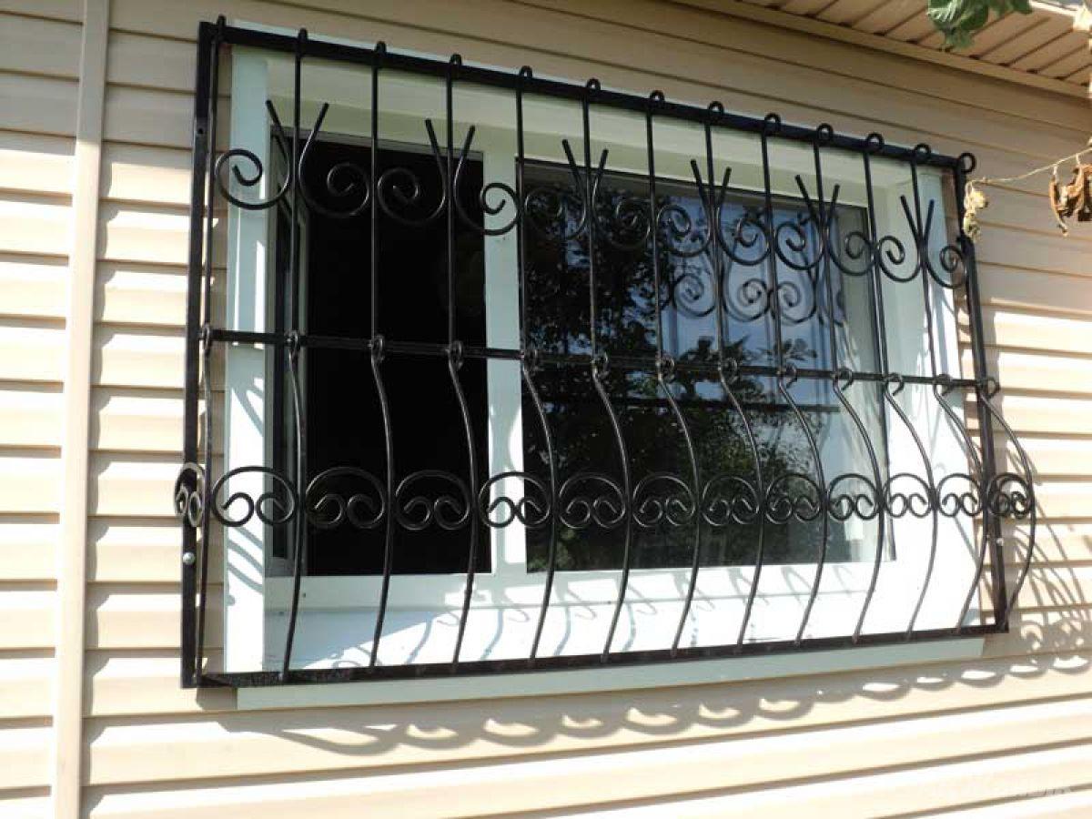 Решетки на окна для дачи: 70+ изящных идей для загородного д.