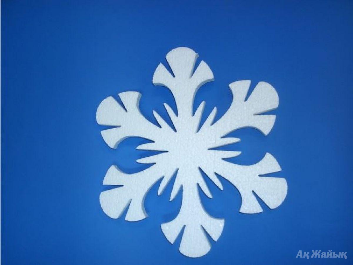 Снежинка пенопласта своими руками