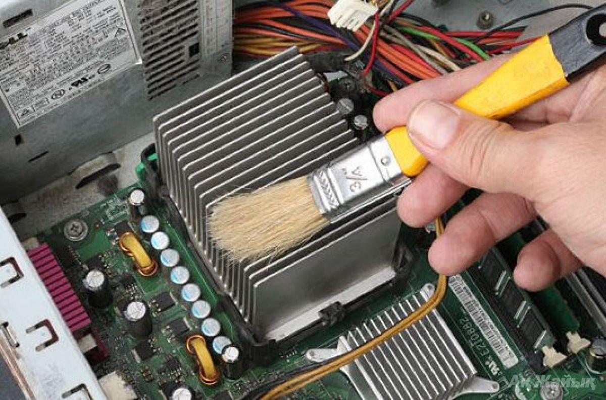 Как почистить компьютер от пыли в домашних условиях 85