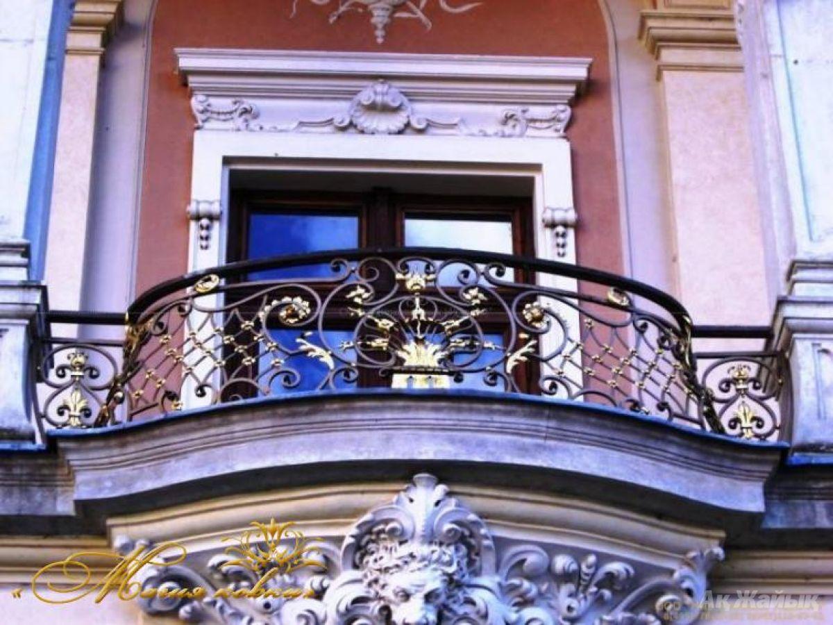 Кованые ограждения балконов: фото.