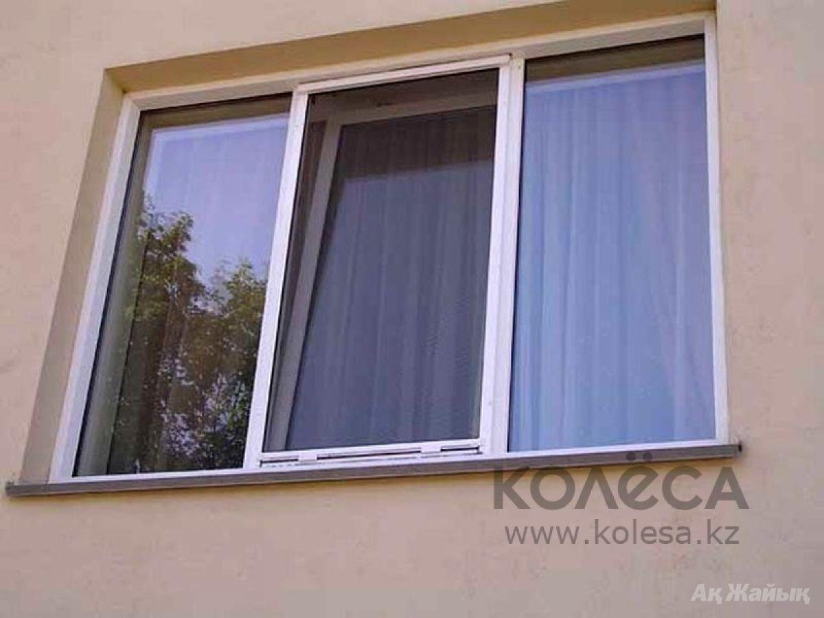 Крепление москитных сеток на алюминиевые балконные окна..