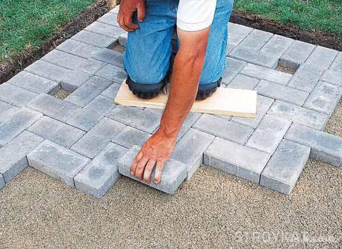 Как класть тротуарная плитка своими руками 95
