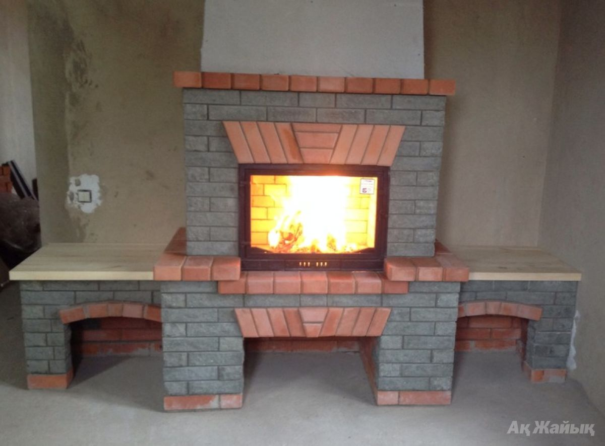 Строим камин из кирпича