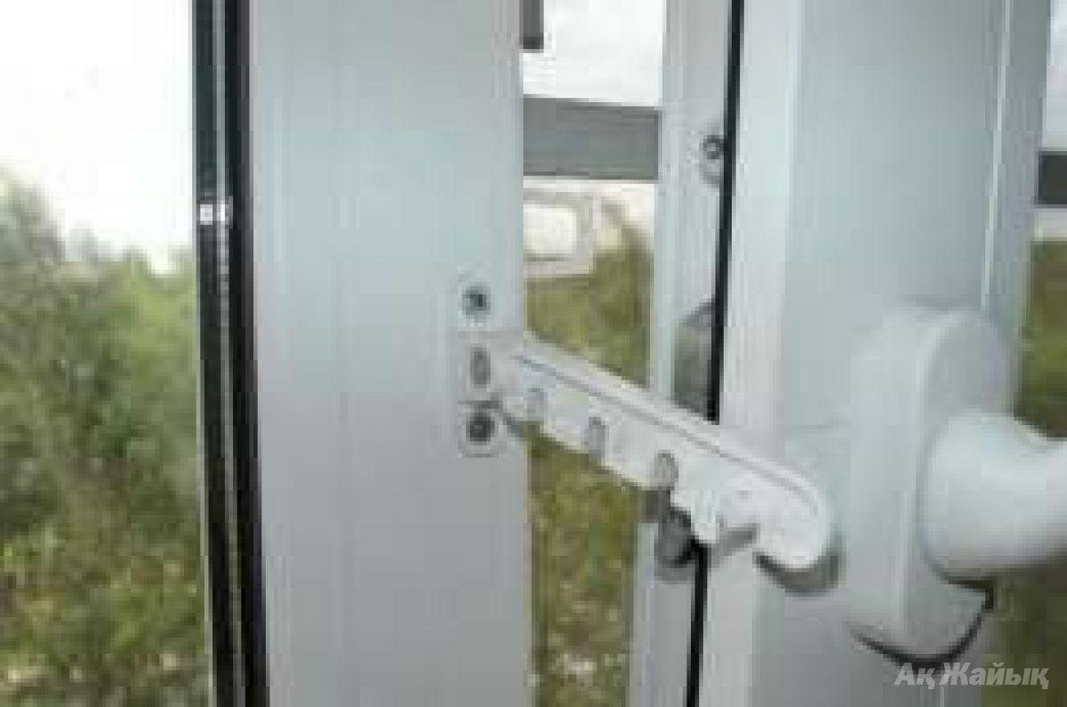 Ограничитель открывания окна roto (германия) в днепре - 100 .